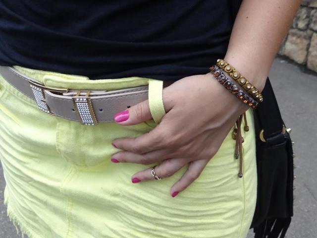 Look Amarelo e Preto